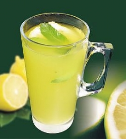 Lime water keeps body healthy:natural benefits of lemon and skin care