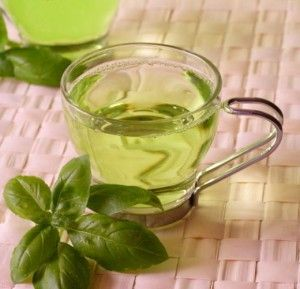 Green Tea 300x289 Natural skin treatment for summers: soothing summer drinks to stay calm