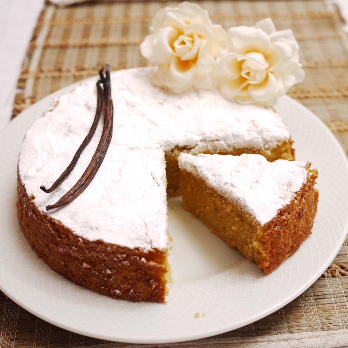 Vanilla Cake Recipe: Cake Health Benefits;vanilla Cake Recipe