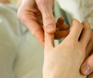 hand pain causes Main causes of hand pain